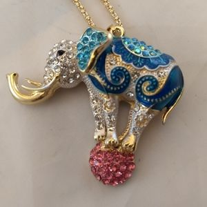 Circuis Elephant long rhinestone necklace